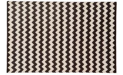 Madeline Weinribu0027s Black And White Zig Zag Rug U003d Approx $1000 For 8×10