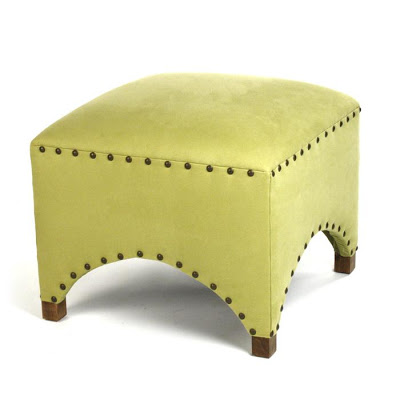 CANDELABRA ZENTIQUE SCALLOPED STOOL