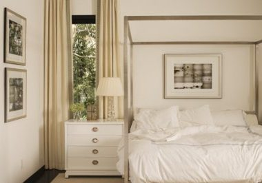 MDF Italia Aluminium Canopy Bed