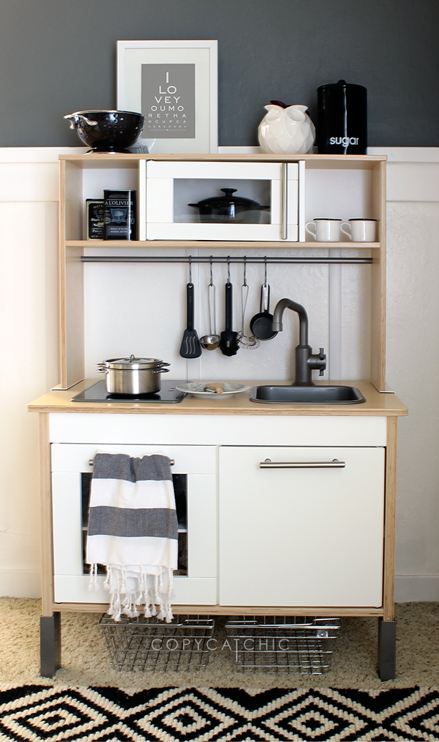 Arden 39 S Updated Play Kitchen Copycatchic