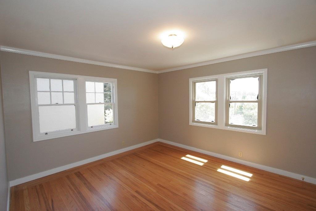 OakHouse 2nd Bedroom