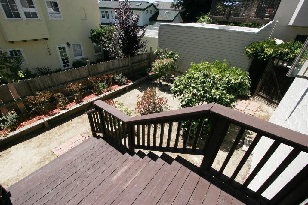 OakHouse Backyard