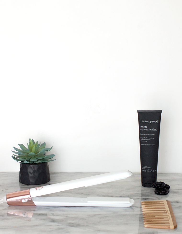 Minimalist Modern Bathroom Supplies | T3 SinglePass Luxe | Decluttering the bathroom and organizing it with eco-friendly products while giving it a minimalist look. @copycatchic | home decor and design