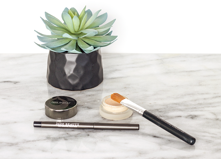 Quick daytime makeup routine with @JuiceBeauty organic beauty and makeup. @copycatchic organic daily makeup how to green living eco friendly nontoxic