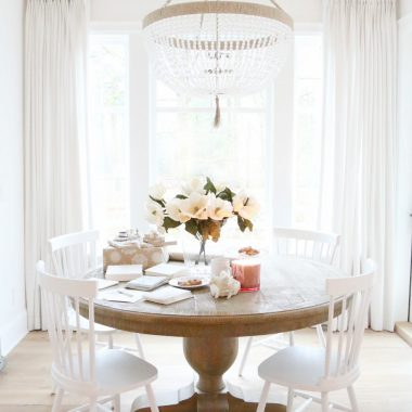 Restoration Hardware French Urn Pedestal Round Dining Table