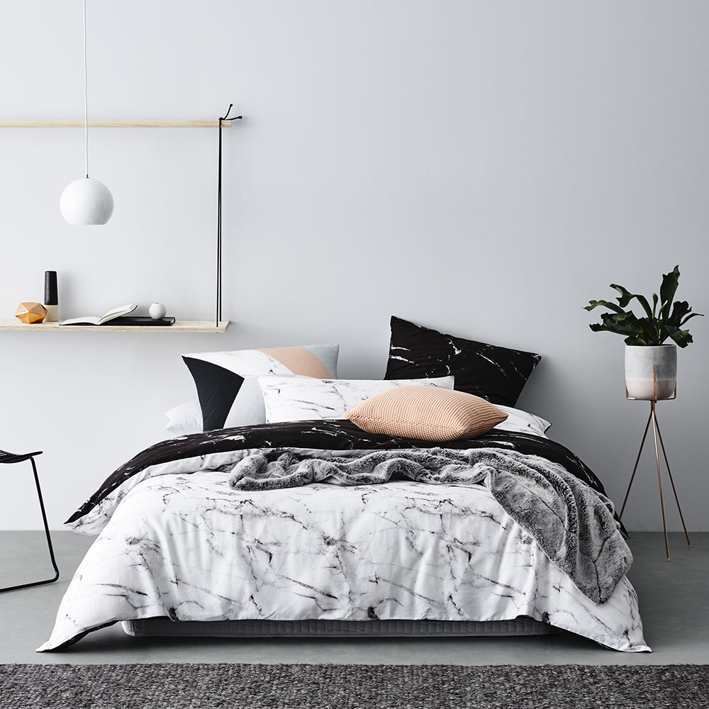 Annie selke marble duvet cover copycatchic for Black and white marble bedding