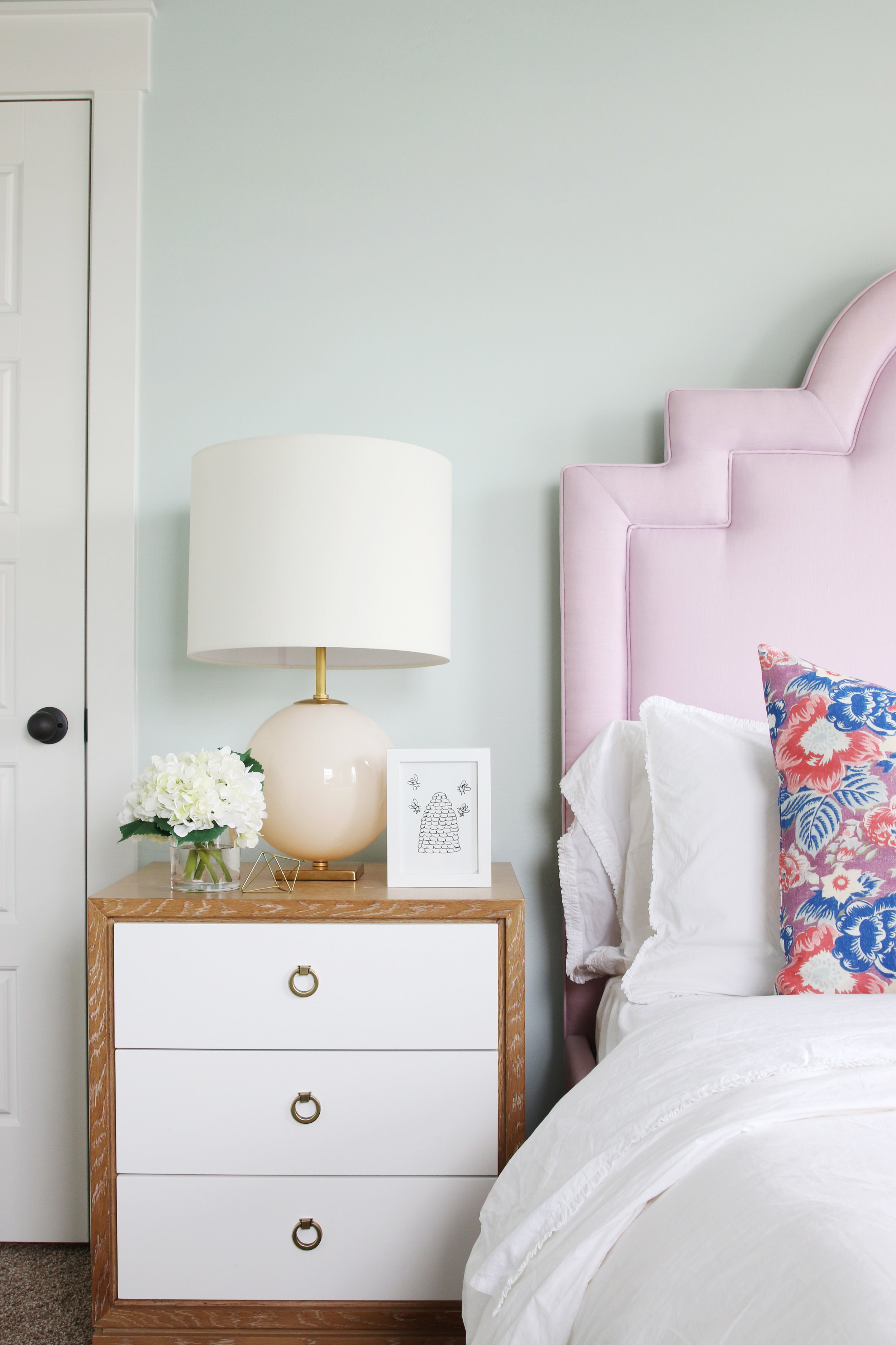 re s some apartment design images college pearls using gingerapt for of that inspiration our bedroom here kate the spade inspired we pink passion
