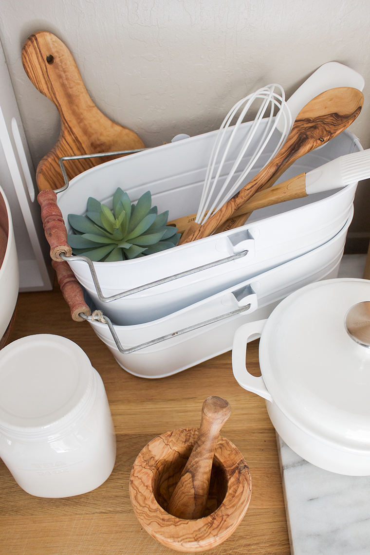 My favorite white and wood kitchen essentials from World Market for keeping your kitchen clean, organized & looking pretty. copycatchic luxe living for less