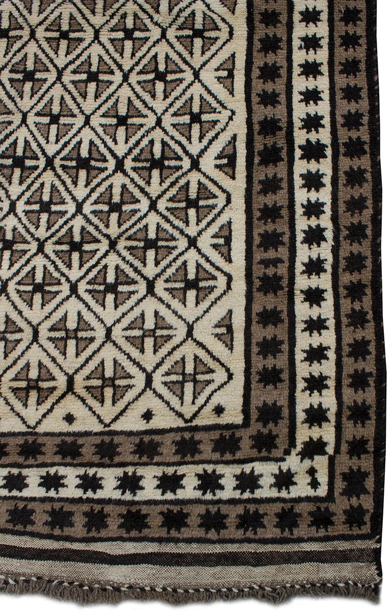 Fortuna 63 Quot X 98 Quot Afghan Vintage Rug Copycatchic