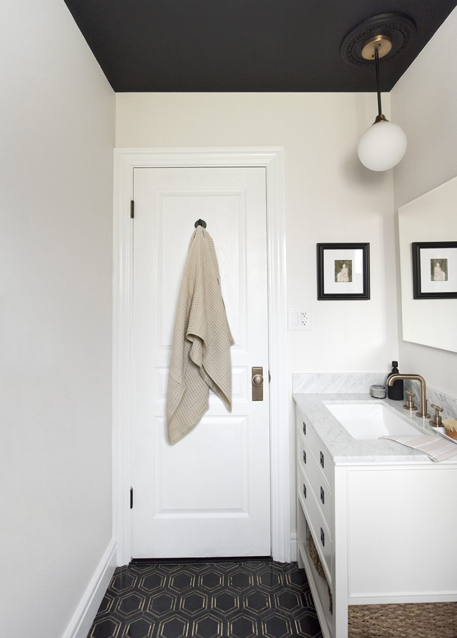 Design Within Reach Lattice Towels $130 vs Hayneedle FlatIron Waffle Weave Bath Towel $20 waffle weave towels for less copycatchic luxe living for less budget home decor and design daily finds and room redos