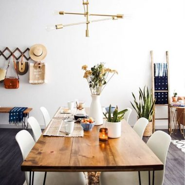 Daily Find | Houzz Boneta Natural Dining Table