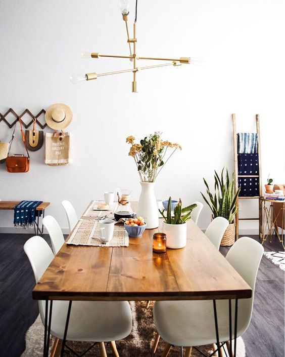 Daily Find | Houzz Boneta Natural Dining Table - copycatchic