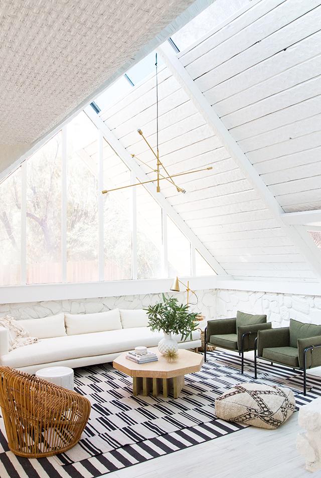 This desert modern living room by Sarah Sherman Samuel gets ...