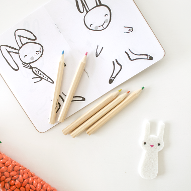 A minimalist, Peter Rabbit themed Easter brunch for kids with World Market and copycatchic. Simple, clean and easy Easter decor and entertaining set up for a modern Easter table. copycatchic luxe living for less budget home decor and design daily finds and room redos