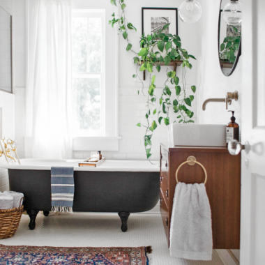 Room Redo | Vintage Eclectic Bathroom