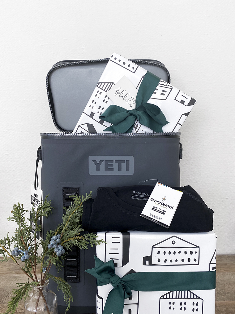 Holiday Gifts for Men | Copy Cat Chic favorites for 2019 chic, minimalist, modern, good looking and practical, reasonably-priced, curated gift ideas for all of the deserving men this holiday season! | Luxe living for less