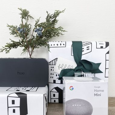 Holiday Gifts the latest tech and gadgets | Copy Cat Chic favorites for 2019 chic, minimalist, modern, gorgeous curated, reasonably priced, gift ideas for tech lovers this holiday season! | Luxe living for less
